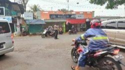 Pemantauan Arus Lalin Sore di Wilayah Hukum Polsek Cipeundeuy Rutin Dilakukan