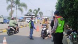 Personel Polsek Padalarang Perketat Pengawasan di Pasar Curug Agung