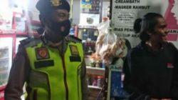 Cegah Penyebaran Covid 19, Anggota Polsek Cikalongwetan Intens Melakukan Patroli Malam