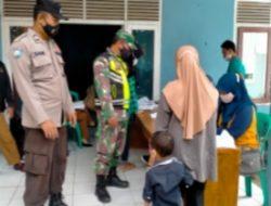 Kapolsek Cililin Pantau Pelaksanaan Percepatan Vaksinasi di Wilayah Desa Batulayang