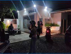 Unit Patroli Sat Samapta Polres Ciamis Laksanakan Penertiban Tempat Hiburan Di Wilayah Pusat Kota Kabupaten Ciamis