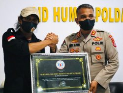 Berikan Pelayanan Terbaik Kepada Jurnalis, Kapolda Banten Mendapatkan Penghargaan dari FWJ Indonesia