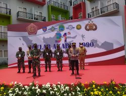 Panglima TNI dan Kapolri menghadiri kegiatan vaksinasi massal dan bakti sosial di Tangerang